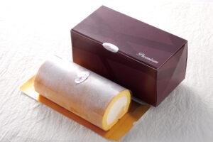 甲羅ホワイトロールケーキ
