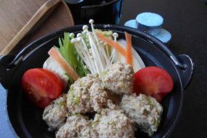 鶏つみれトマト鍋(うどん入)
