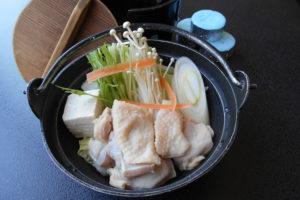 鶏のにんにく塩鍋(うどん入)