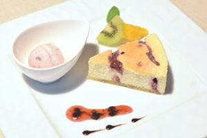 苺のニューヨークチーズケーキ