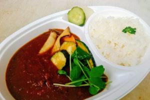 本格野菜カレーライス(ピクルス付き)