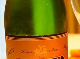 """""""ル・バロン""""・ヴァン・ムスー・シャルドネ・ブリュット(スパークリングワイン"""