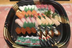 パーティー寿司(4人前)